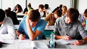 Prüfungsfragen durch Studierende entwickeln lassen